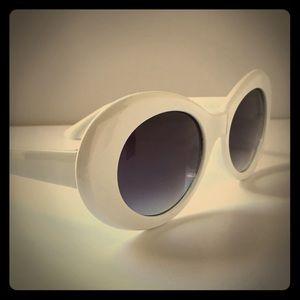 White Jackie O Sunglasses Glamorous Grunge